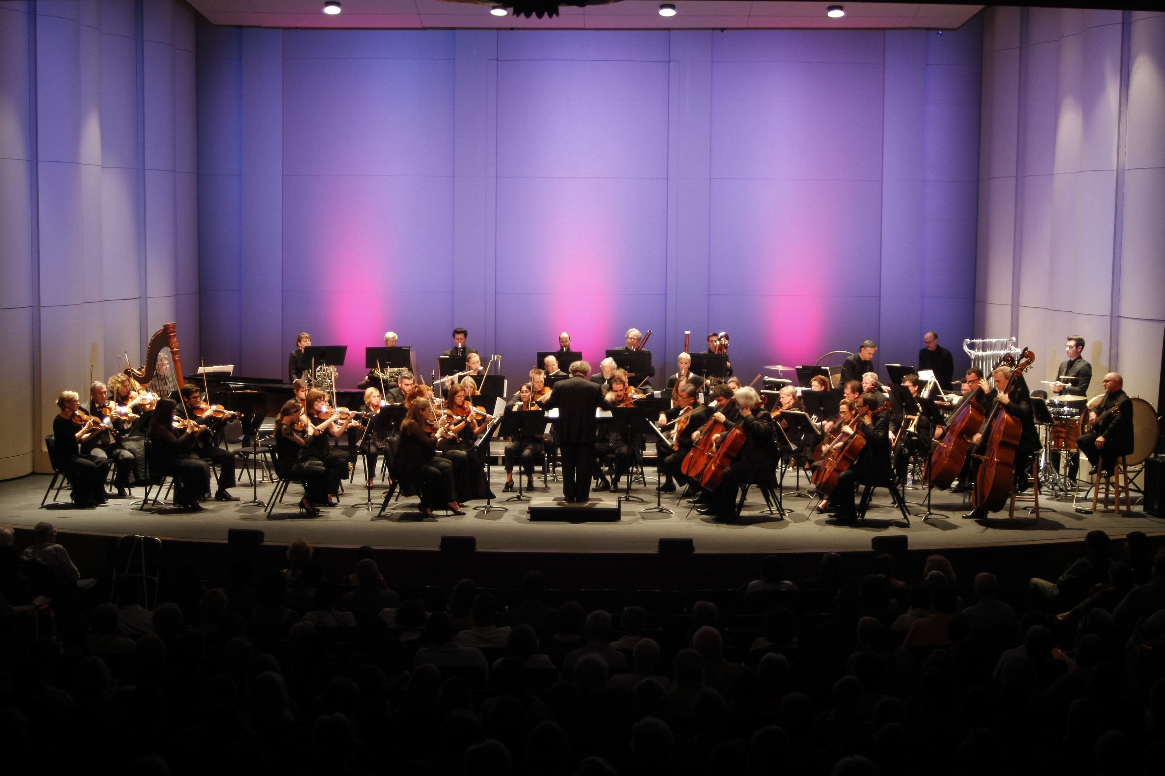 Derrick spiva with los angeles chamber orchestra new for Chambre orchestra