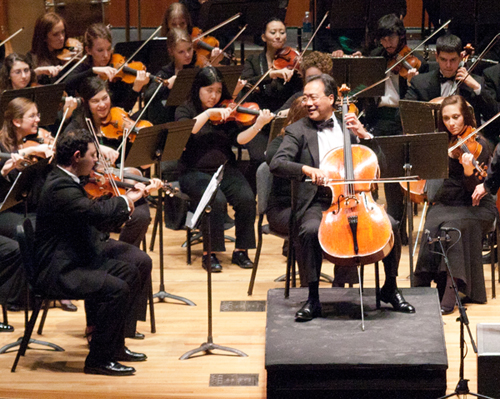 Yo-Yo Ma performs with the SUNY Fredonia College Symphony Orchestra.
