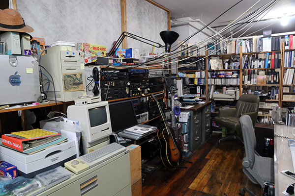 Computers, bookcases and wires scattered across Laurie Spiegel's loft