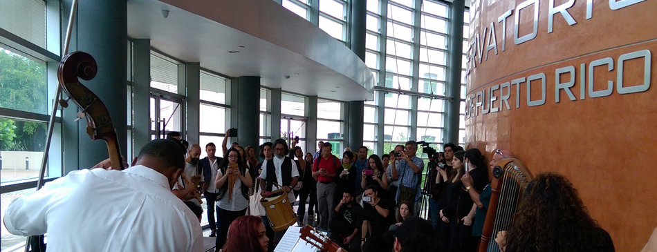 During one of the breaks at the COMTA conference at the Conservatorio de Música de Puerto Rico in San Juan, a group performed Andean traditional music on double bass, harp, guitars, panpipes, and percussion.