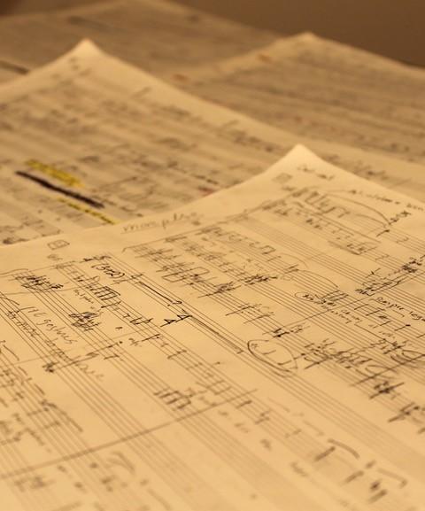 Lots of Carta No. 25 music manuscript paper
