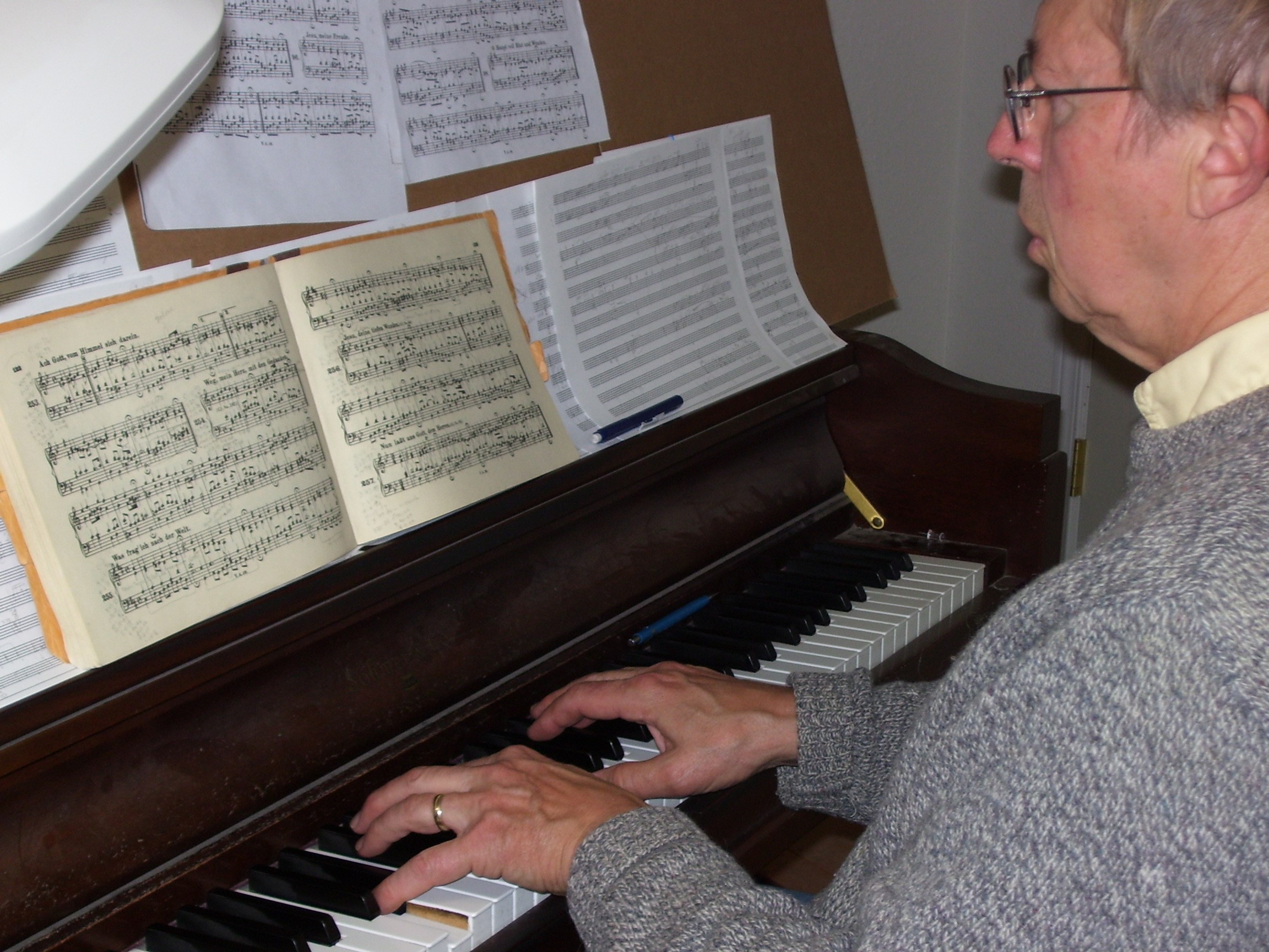 David at the piano in Missoula, Montana,  in June 2008.
